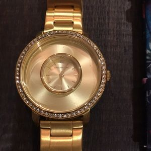 Origami Owl Accessories - Origami Owl Gold Watch with extra band and link.